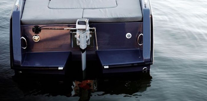 The outboard electric motor between high performance and a growing market